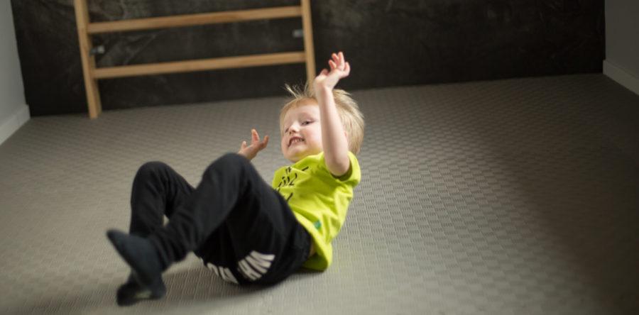 Jak wybrać matę do treningu dzieci?